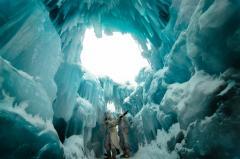 2014-02-15_Ice Castles_Breck_03030101.jpg